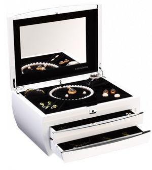 Cosmopolitan Piano White Buben & Zorweg Collection Cases