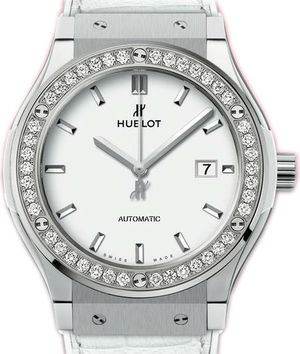 Hublot Classic Fusion 42 mm 542.NE.2010.LR.1204