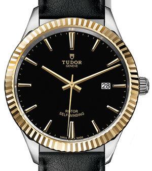 m12713-0019 Tudor Style