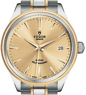 m12503-0001 Tudor Style