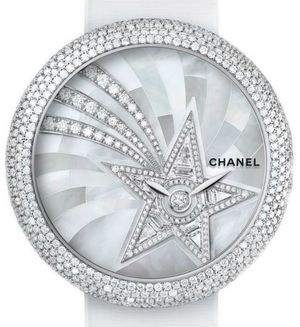 H4531 Chanel Mademoiselle Prive