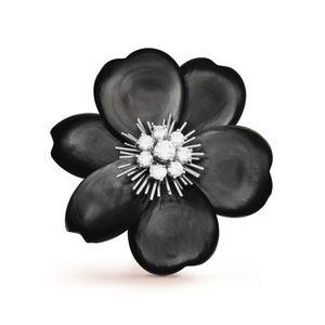 Van Cleef & Arpels Flora VCARA53500