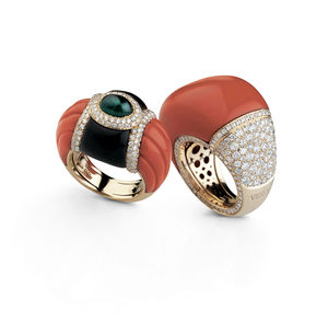 rose gold rings with diamonds, red coral, onyx and Verdi Gioielli Rock-n-Roll