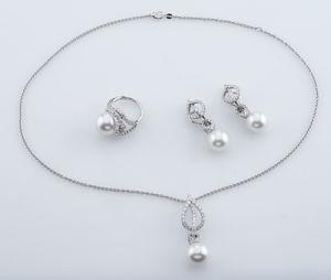 jewelry set Mikimoto Laurel